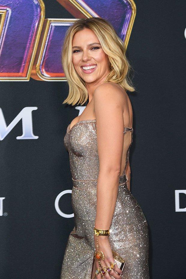 Scarlett Johansson Is A Stunner In Strapless Gown At Avengers: EndgamePremiere 2