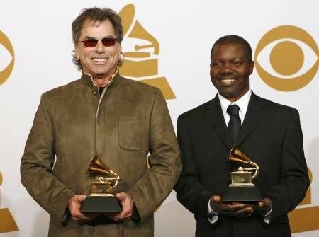Sade Adu, Seal, Sikiru Adepoju And 2 Other Nigerians That Have Won The Grammy Awards 4