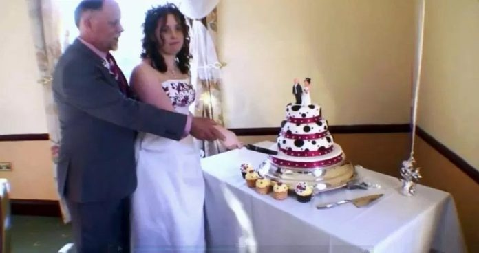 Woman Marries Her STEPFATHER After Meeting Him As A Bridesmaid At His Wedding To Her Mother 2