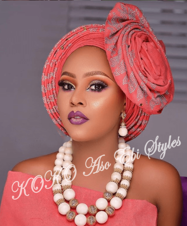 #Onigele! Check Out These Ten Flamboyant And Stunning Gele Styles For Your Next Owanbe 9