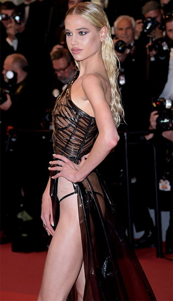 Not Again! Model Meredith Mickelson Bares All As She Suffers Another Wardrobe Malfunction At Cannes 2019 3
