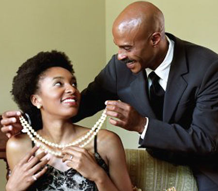 "That Sharp Naija Guy: 5 Reasons Why Nigerian Girls Love Dating ""Yahoo Boys"" 3"