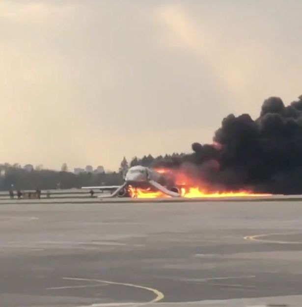 Russia Plane Fire: One Dead And Ten Injured After Fire Breaks Out Onboard Aeroflot Sukhoi Superjet Passenger Aircraft 1