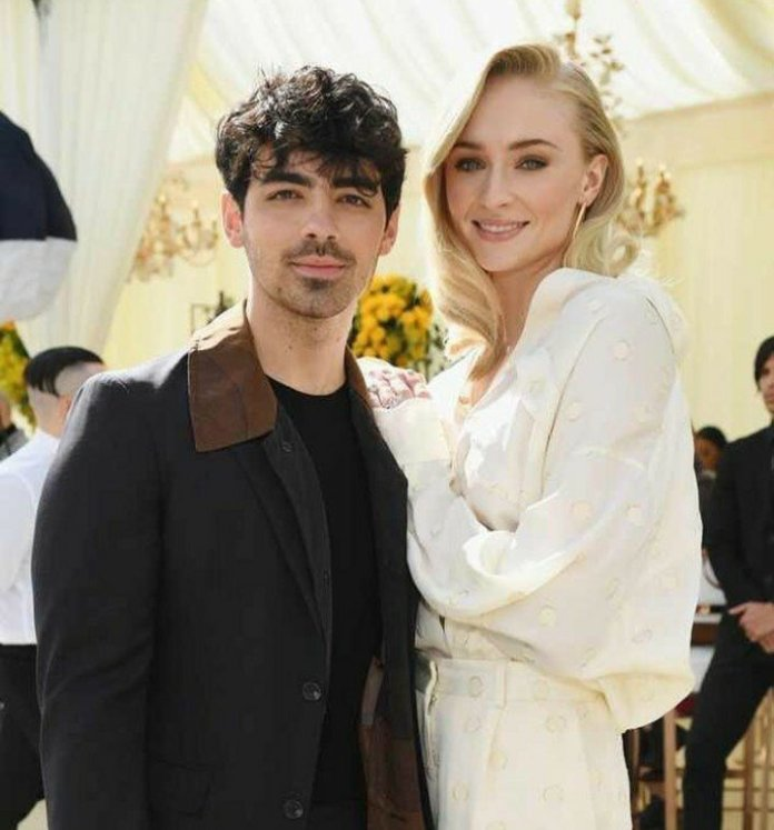 Joe Jonas And Sophie Turner Finally Walk Down The Aisle Together And It's Beautiful! 1