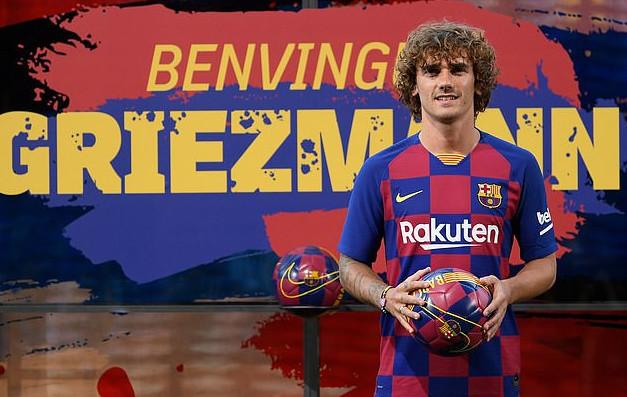 Finally! Barcelona Unveils Antoine Griezmann 1