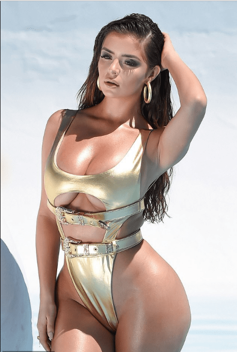 Demi Rose Is Dripping In Gold As She Flaunts Her Enviable Backside And Cleavage 3