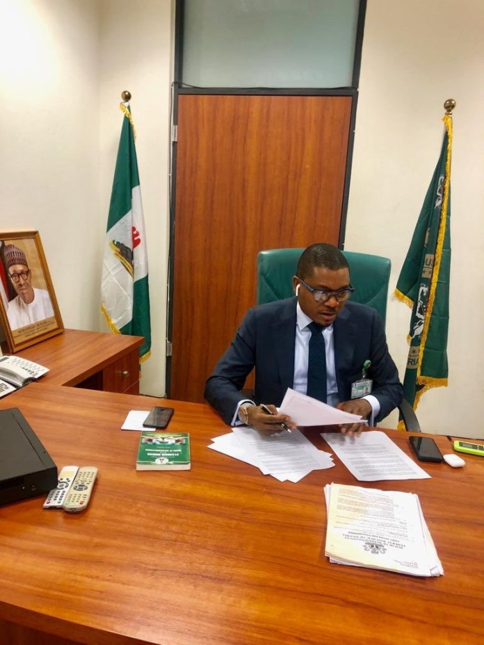 Check Out Photos Of Quilox Boss Shina Peller In His Political Office 2