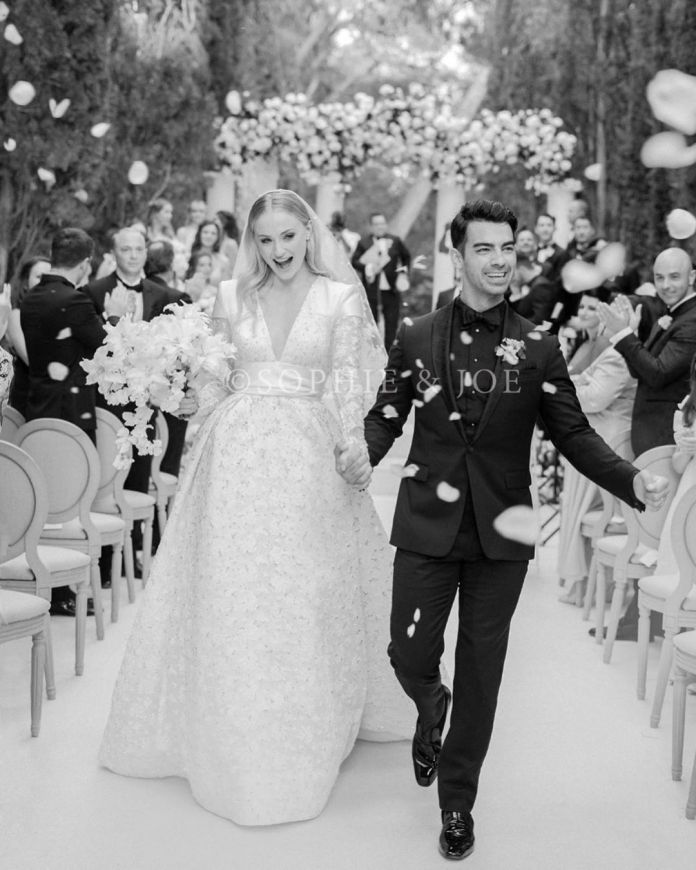 Sophie Turner Is Absolutely Stunning In Bespoke Louis Vuitton Gown As First Photos Of Her Second Wedding To Joe Jonas Is Released 2