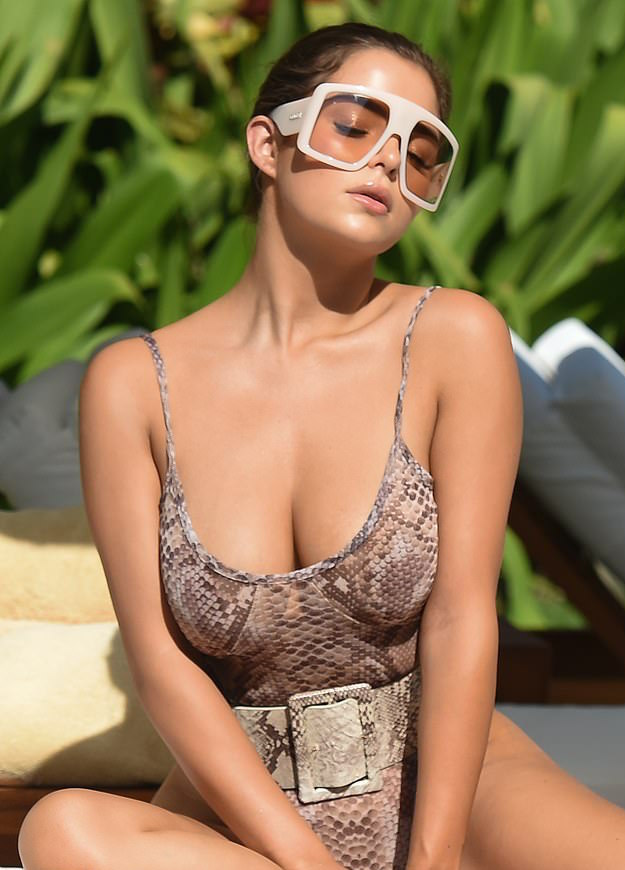 Demi Rose Puts On A Sensual Display In Curve-hugging Snakeskin Print Swimsuit 3