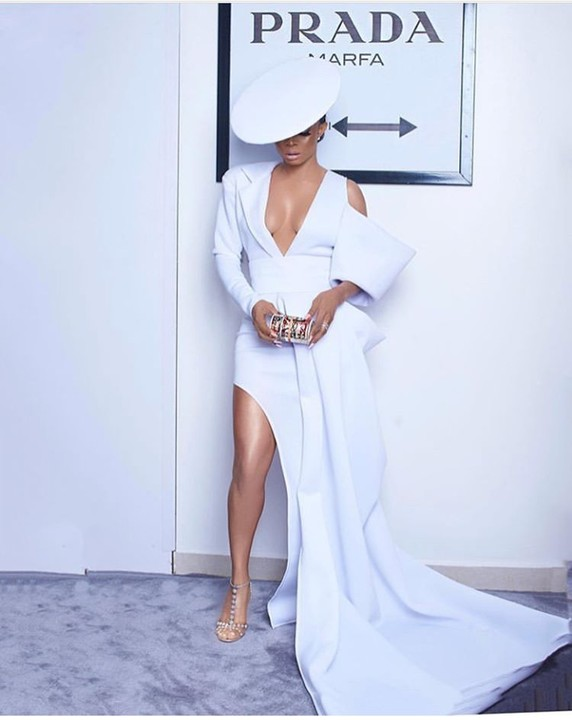 Toke Makinwa Is Not Here To Play In Her Erica Moore Dress 1