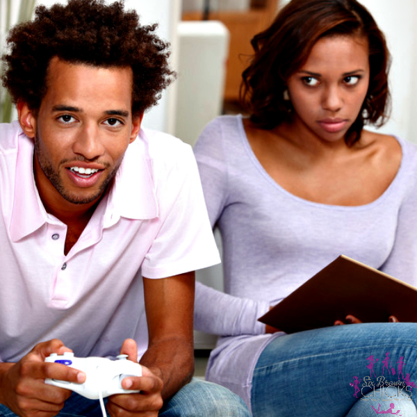 That Sharp Naija Guy: 3 Ways To Know If That Girl Can Move From Side Chick To Main Chick 3