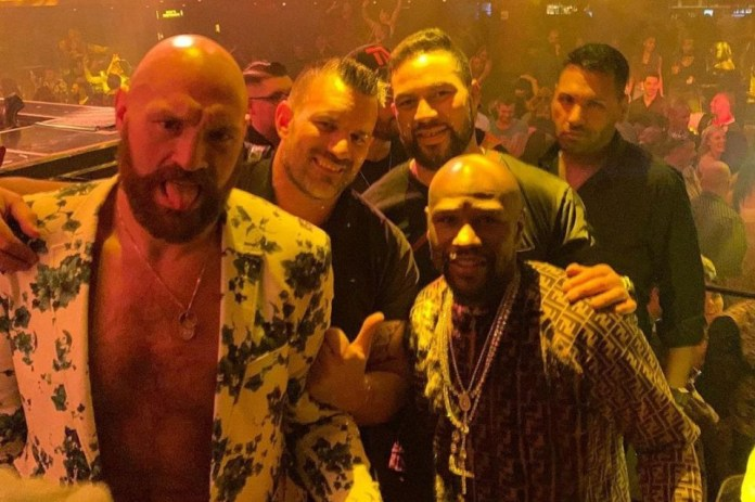 Tyson Fury Hangs Out With Floyd Mayweather, Shows Off Is Private Jet 1