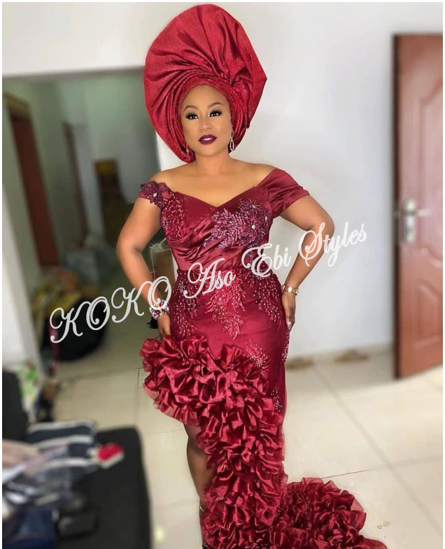 Slay Your Queenship In These Daring Slit Aso Ebi Styles 2