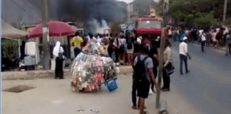 Breaking: Fire Guts UNILAG Gate