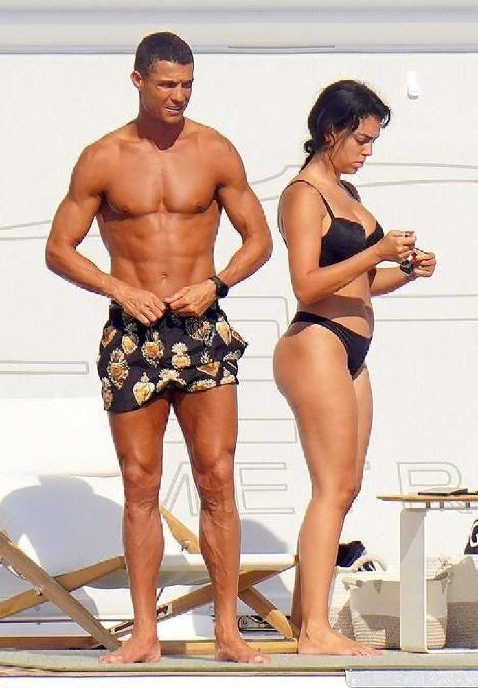 Cristiano Ronaldo and Georgina Rodriguez Enjoy Baecation In St.Tropez
