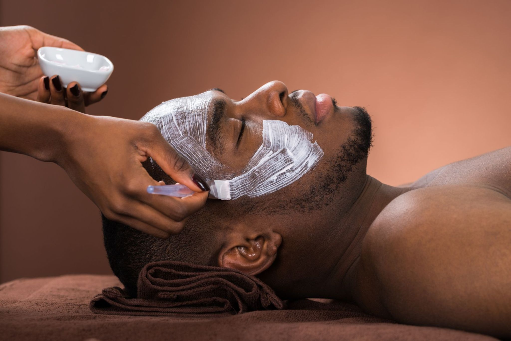 Beauty DIY: Top 5 Skincare Tips To Look More Handsome
