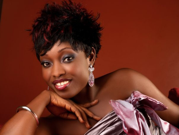"""""""I Am Guilty"""", Late Kefee's Friend Says After Visiting Her Bushy Grave"""