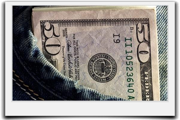 フリーターの平均年収と正社員の給料との収入の差はあるのか?