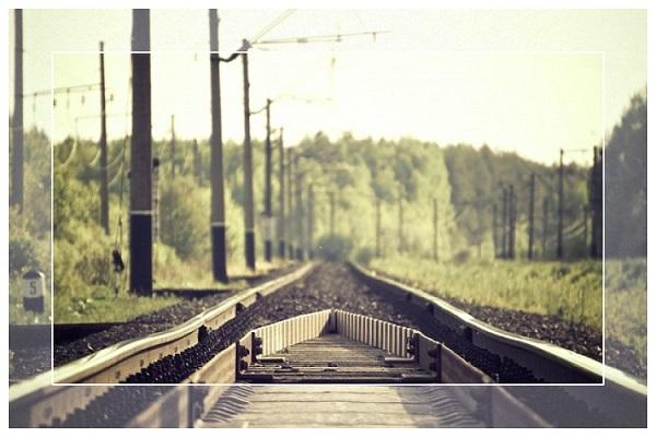 敷かれたレールを歩んだ人生に苦しむ人のこれからの歩み方