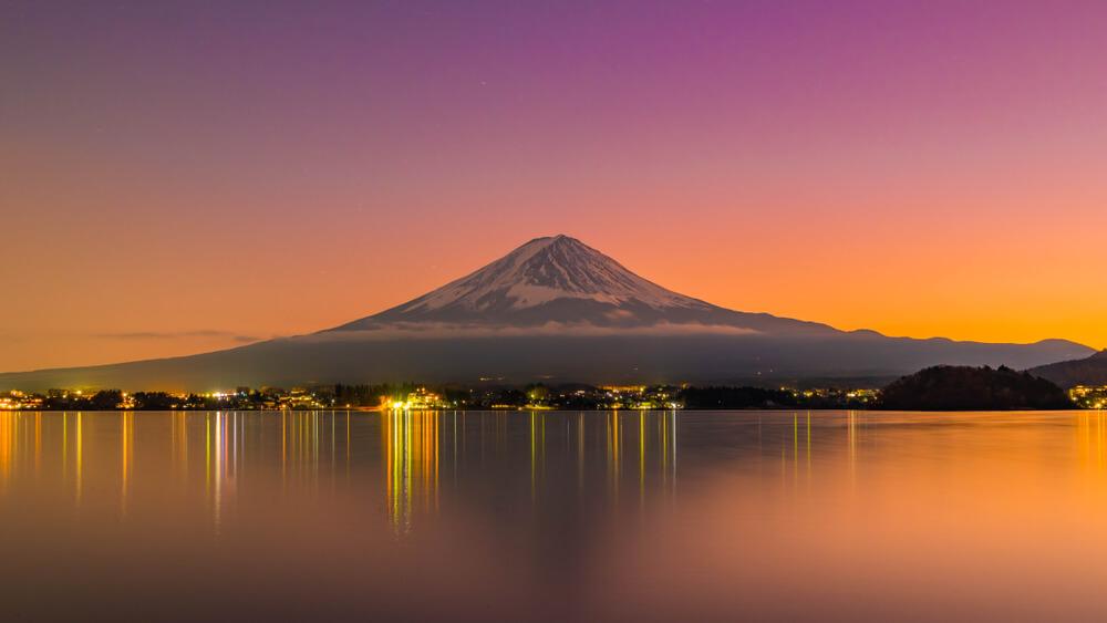 富士山の夕暮れ