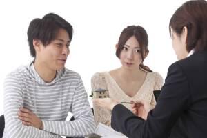 家を買う時に値切って値切ってギリギリまで値切る中国人カップル