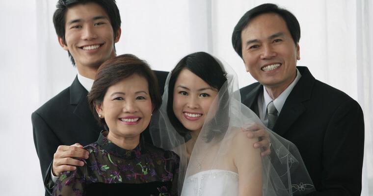2人の親族の状況からも国際結婚後に住む国を考える