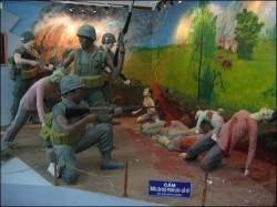 ベトナムの博物館にある韓国兵によるベトナム人残虐虐殺のジオラマ