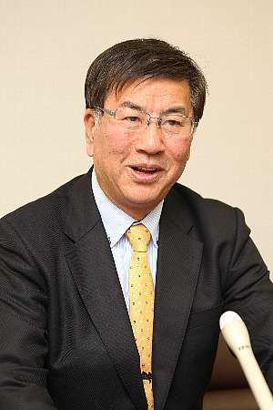 藤沢市長鈴木恒夫