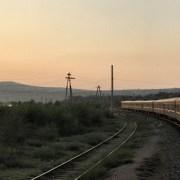 Podróż Koleją Transsyberyjską niedaleko Bajkału