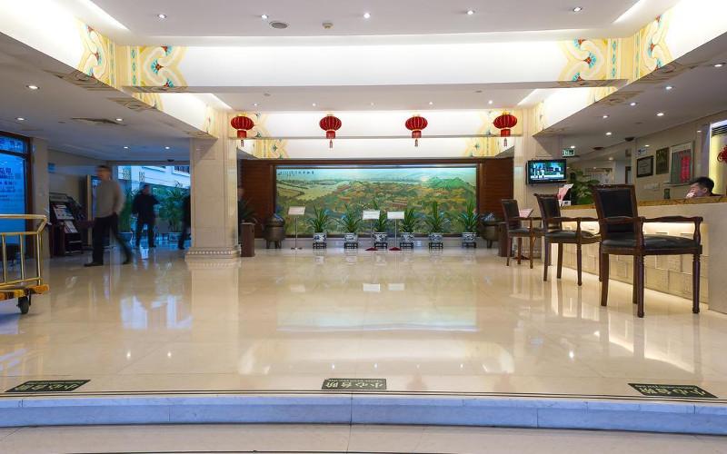 Lobby hotelu Jade Garden w Pekinie