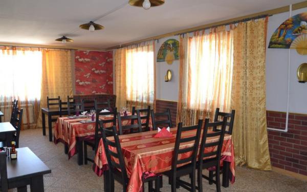 Restauracja w hotelu Aurora w Sewierobajkalsku