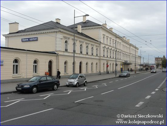 Opava-Východ - budynek dworca
