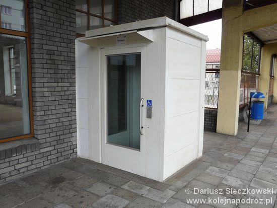 Będzin Miasto - winda na peron