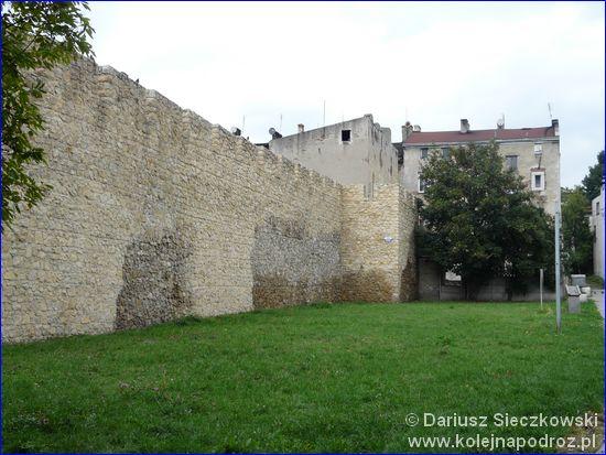 Zachowane mury miejskie