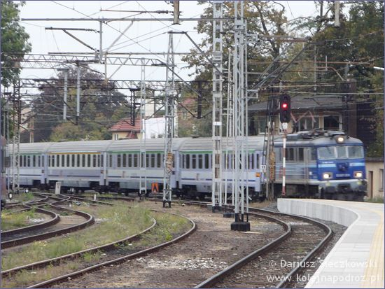 IC Ślązak wjeżdża na stację Opole Główne