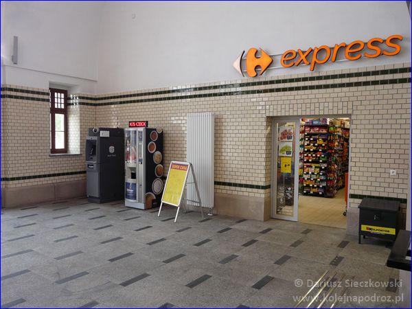 Opole Główne - sklep Carrefour Express