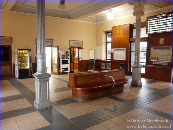 Frydek-Mistek - dworzec kolejowy - hol