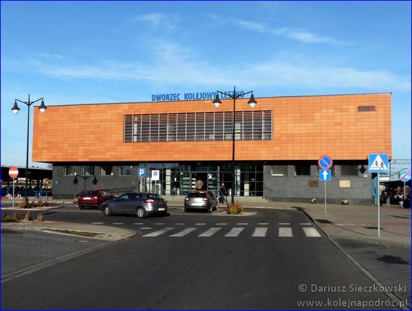 Dworzec kolejowy w Lesznie
