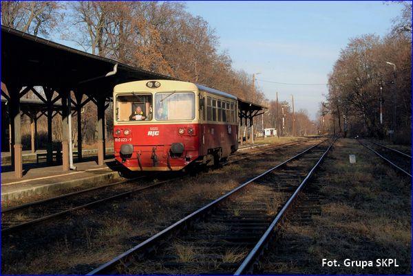Pociąg na stacji Głuchołazy