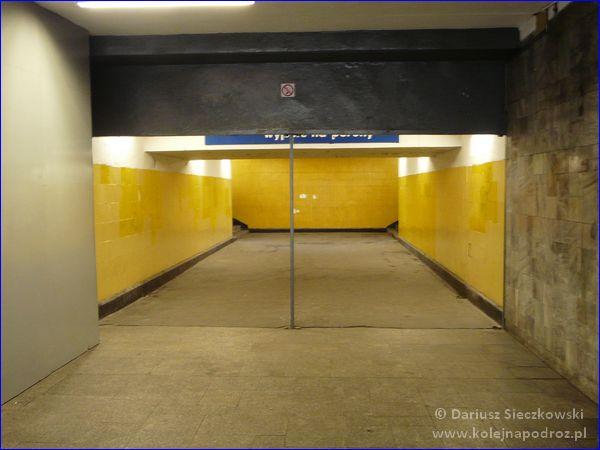 Chorzów Miasto - przejście na peron