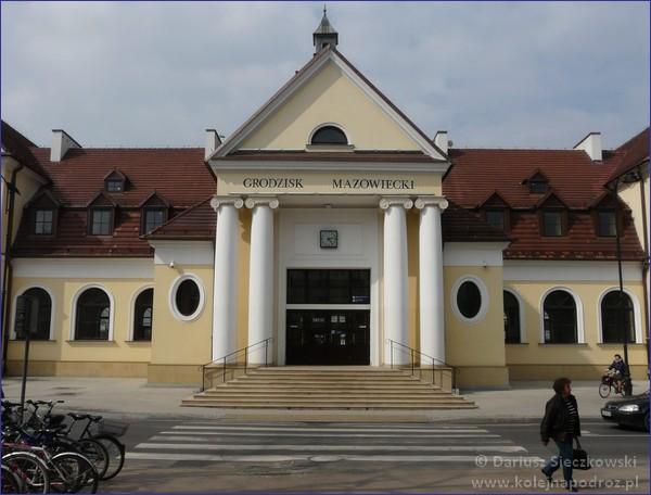 Grodzisk Mazowiecki - dworzec kolejowy