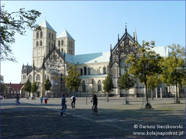 Münster - Plac Katedralny