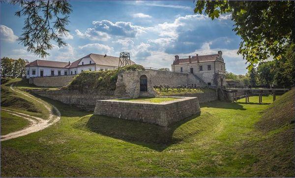 Zamki Ukrainy - Zamek w Zbarażu