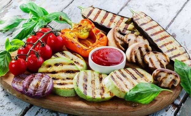 Овочі на грилі: рецепти для пікніка