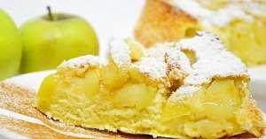 Шарлотка з яблуками: ТОП-3 кращих рецепти з фото
