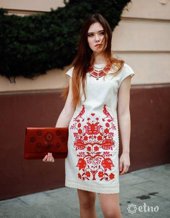 вышитые платья фотографии