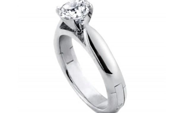 Вместо тысячи слов: выбираем кольцо с бриллиантом на помолвку