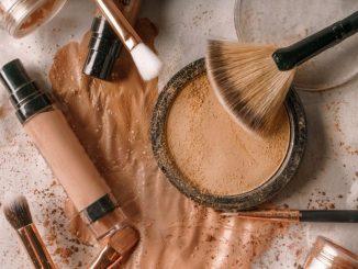 Обираємо тональний засіб для проблемної шкіри