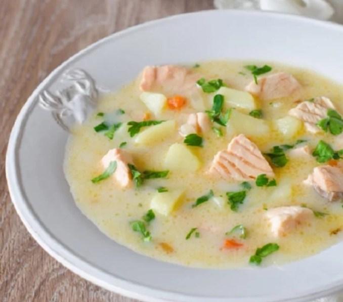 Сирний суп з сьомгою - рецепт
