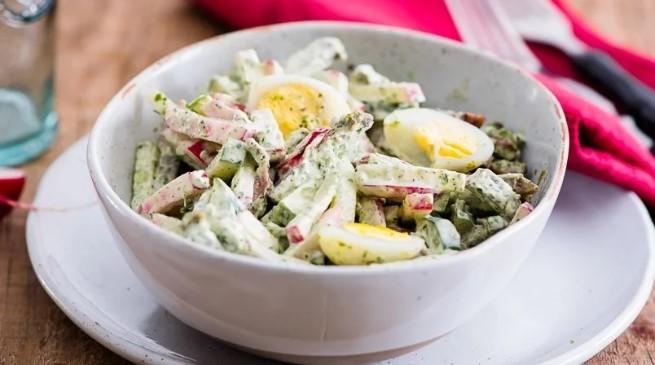 Салат з телятиною та пекінською капустою